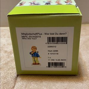 """M.J. Hummel """"Who are You? """" mint in Box Figurine"""